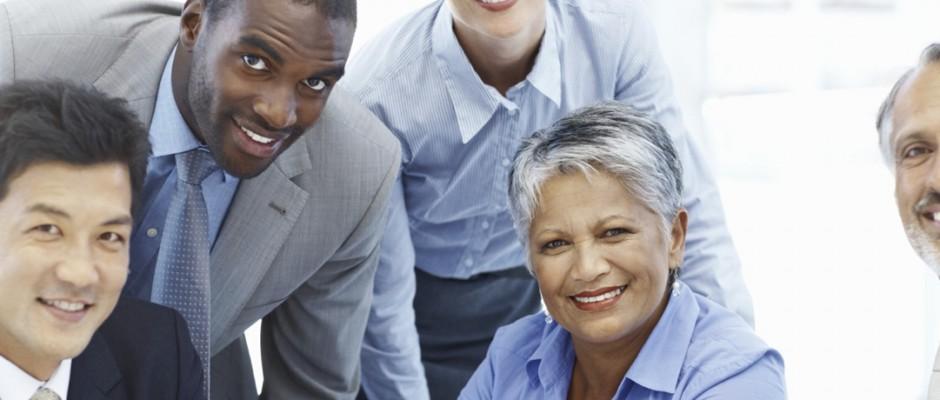 Smilng multi ethnic business team 17409226 Medium crop